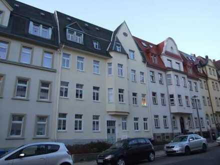 2-Raum-Dachgeschosswohnung Bertholdsweg Freiberg mit Einbauküche