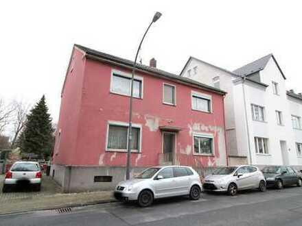 Zweifamilienhaus mit 989 m² Grundstück