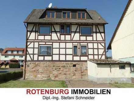 Herrenhaus, Scheune und Stall auf 1.197 m² ebenem Grundstück
