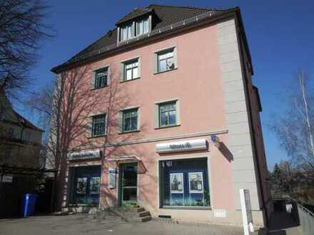 3-Zimmer-Dachgeschosswohnung in Marienthal, renoviert, Nähe HBK