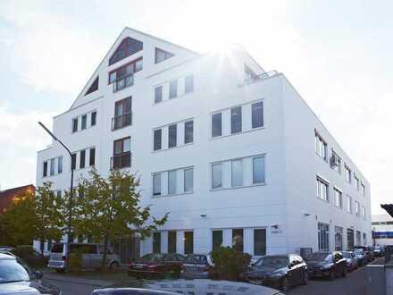 ebenerdige Halle mit Bürounterteilung in TOP Lage von Karlsfeld