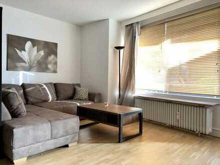 Perfekt gelegene und möblierte Wohnung zwischen Stadtpark und Alster!