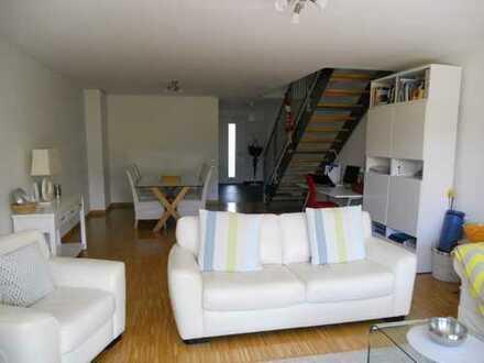 Moderne 3-Zimmer-Wohnung // Maisonette // Bad Homburg v.d.Höhe
