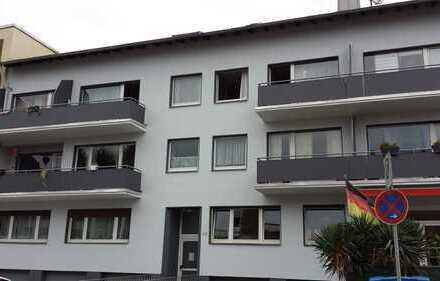 Dachgeschosswohnung mit Küchenzeile in Quettingen