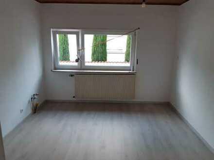 Schönes, ruhiges Haus mit drei Zimmern in Rhein-Pfalz-Kreis, Lambsheim