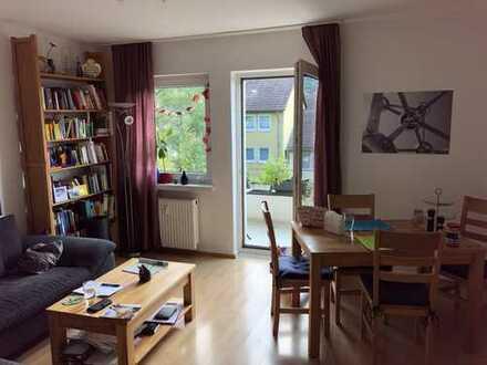 Helle, gut geschnittene u. gepflegte 3-Zimmer Wohnung mit neuer Einbauküche in Bonn-Kessenich