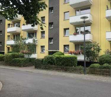 helle 3-Zimmer-Wohnung mit Balkon in Köln-Riehl