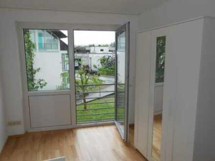 Helle 1-Zimmer-Wohnung in Herrenberg, ideal für Pendler/ Studenten/ Azubis