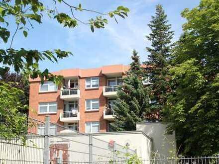 Brühl: Hübsche 3-Zimmerwohnung mit Sonnenloggia und Stellplatz in gewachsener Ortskernlage