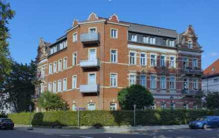 Optimal geschnittene 4-Zimmer-Altbau-Wohnung mit Balkon in DD Laubegast