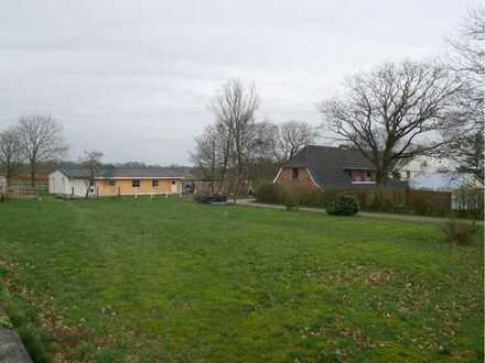 Schöner Resthof in iydillischer Lage mit drei Wohnungen & Einfamilienhaus in 24992 Jörl zu verkaufen