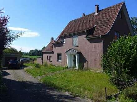 Einfamilienwohnhaus auf großem Grundstück in Hiddenhausen/Schweicheln