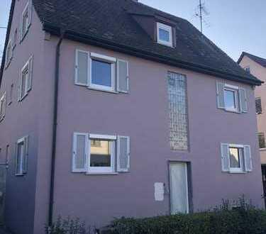 KOMPLETT SANIERT !! 3 Zimmer Dachgeschoss Wohnung in Kornwestheim