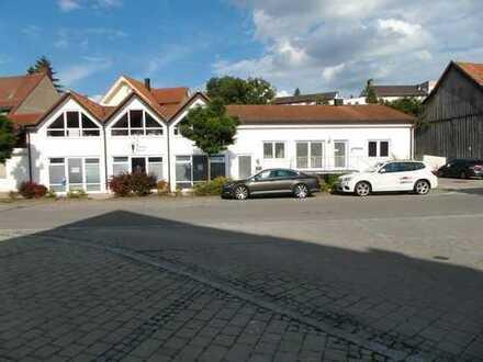 Wohn-und Geschäftshaus mit wunderschöner Eigentumswohnung, ideal für Kapitalanleger