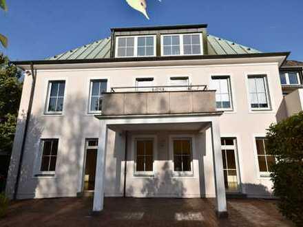 Exklusive 3-Zimmer-Wohnung mit Garten und Garage in Villa in Mülheim an der Ruhr, Speldorf