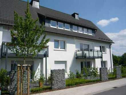 Schöne Dachgeschosswohnung in einem modernisierten freistehenden Haus
