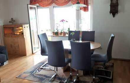 Schöne sonnige drei Zimmer Wohnung in Aichtal (Landkreiss Esslingen)