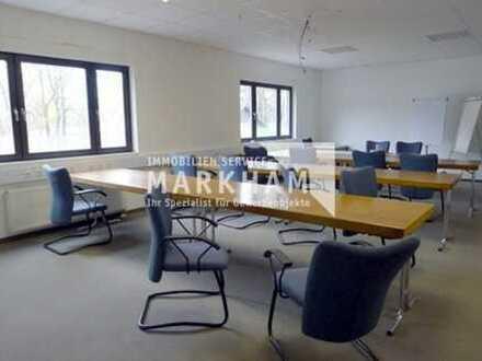 Büroflächen: 600 bis 1.200 m² (Autobahnnähe)