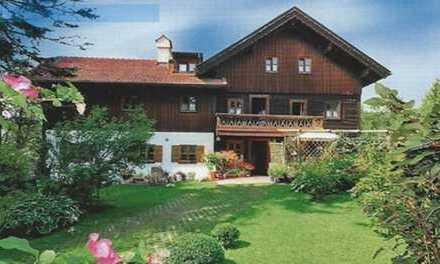 Brück Immobilien - Schönes Landhaus auf ca. 1.080 m² Grundstück in ruhiger Lage