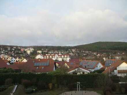 Herrliche Dachgeschosswohnung, ruhig mit EBK, tolle Aussicht