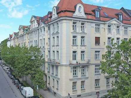Bestlage im Lehel - Exklusive 4,5-Zimmer-Altbauwohnung in gepflegtem Jugendstilhaus