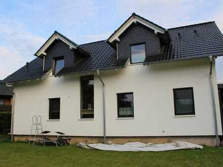 Schönes, großes Einfamilienhaus mit sechs Zimmern in Porta Westfalica Neesen