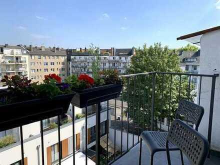 Stilvolle, neuwertige 3-Zimmer-Maisonette-Wohnung mit Balkon und EBK in Düsseldorf
