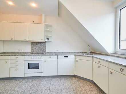 sehr hochwertige 2-Zimmer-Maisonette mit Balkon und Stellplatz mitten in Sprendlingen