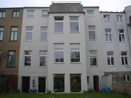 Schönes Haus mit 14 - Zimmern in Schwerin, Weststadt