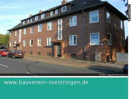 Zwei-Zimmer-Dachgeschoss-Wohnung in zentraler Lage