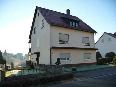 Mehrfamilienhaus provisionsfrei mit gepflegtem Grundstück in Münchweiler an der Rodalb