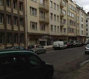 4-Zimmer-Wohnung mit Loggia, Pionierstr.(zwischen Ader- u. Luisenstr.)