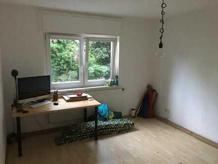 Zentrale 2 Zimmer EG-Wohnung in Neuburg/Herdern in Freiburg