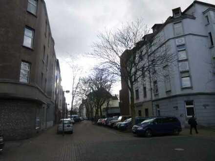 GUTE KAPITALANLAGE in Duisburg 2 Wohnungen im 5 Familienhaus