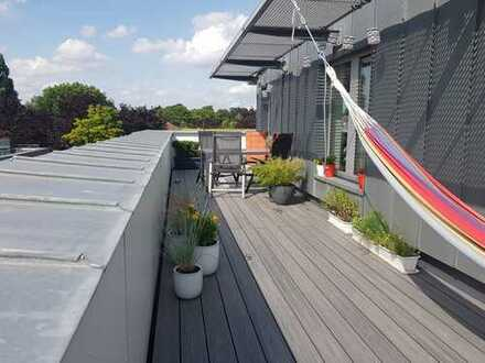 Schöne möblierte 2-Zimmer Wohnung mit herrlicher Dachterrasse in Bramfeld zu vermieten
