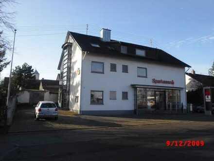 Kleines Büro in Lachen-Speyerdorf