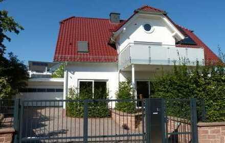 Luxus-Immobilie - Architektenhaus - in ruhiger Lage (provisionsfrei)