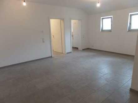Ideal für Kapitalanleger! Schöne, helle 1-ZKB EG-Wohnung (W2) in Eichstätt mit EBK + Stellplatz!
