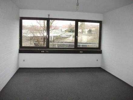 Großes WG-Zimmer in Korntal Nähe Bahnhof