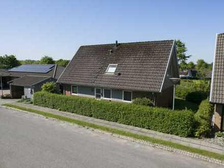 In einer ATTRAKTIVEN Lage in Bov finden Sie dieses modernisierte Einfamilienhaus