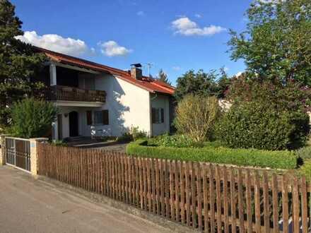 Schönes 7-Zimmer-Einfamilienhaus mit EBK in Gachenbach, OT Weilach
