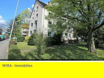 **1,5 Zimmer-Altbauwohnung in begehrter Lage von Karlsruhe** ( Erbpacht )