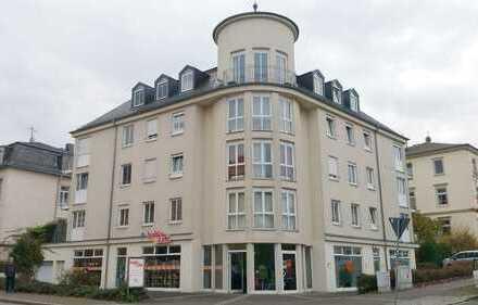 KAPITALANLAGE od. Eigennutzung herrlich geschnittene 2-Raum-Wohnung + Duplex-Stellplatz + Aufzug