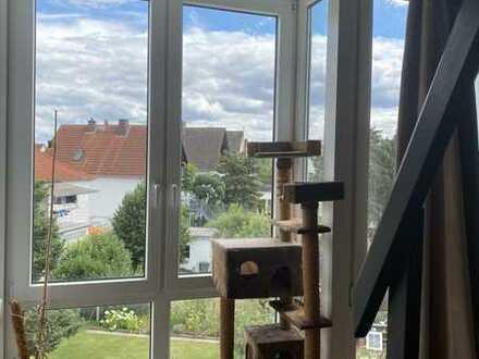4 Zimmer-Wohnung auf 2 Ebenen mit Balkon