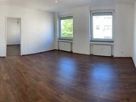 890.0 € - 54.0 m² - 2.0 Zi.