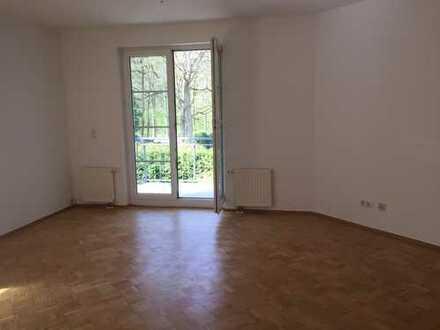 3-Zimmer-Wohnung am Waldrand mit Süd-Balkon bei Berlin Spandau