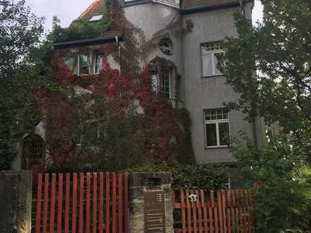 Schöne, geräumige Jugendstil-Villa mit 10 - Zimmern in Dresden, Radeberger Vorstadt