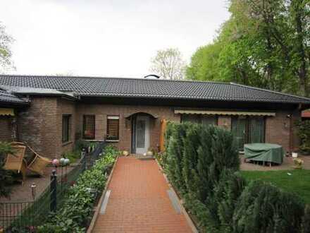 Große helle Wohnung im 2 Parteien-Bungalow & Gästeappartement in Marl-Zentrum