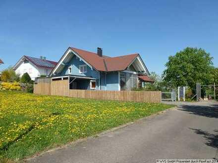 Einfamilienhaus mit Einliegerwohnung in Traumlage!