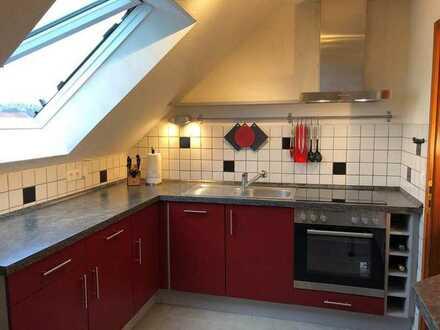 Gepflegte 3-Zimmer-DG-Wohnung mit EBK in Allersberg